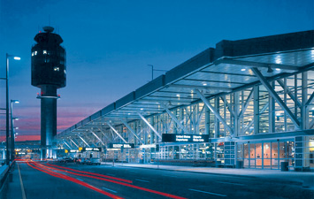 Are you due to fly out of Vancouver Airport sometime soon? If so, and you're looking for a good deal on cheap Vancouver Airport parking, look no further. We offer a great service in off site parking for YVR, working with a range of experienced lot operators. All our vendors are fully vetted and offer a professional, friendly service.